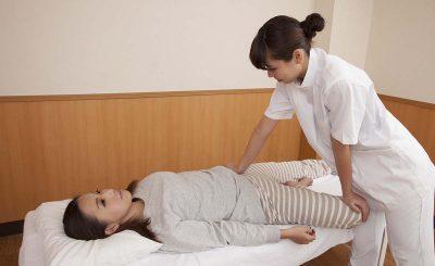 【夜遅くまで営業】肩こり・腰痛に!日本橋周辺の口コミで評判の整体
