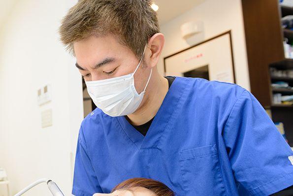 滝本歯科医院 国分寺市 歯科治療中の写真
