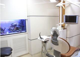 まるおか歯科 五反田駅 診察室の写真