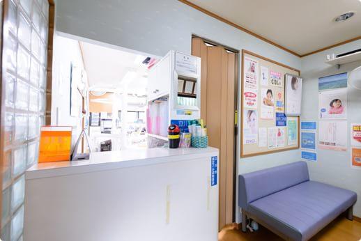 田中歯科医院 立川市 待合室の写真