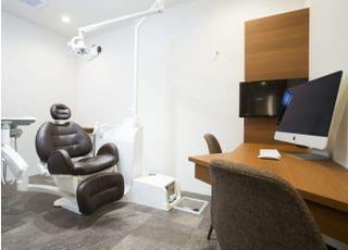 多摩府中うめはら歯科 府中市 完全個室の診察室