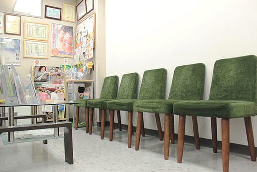 ジェイエムビル歯科医院 蔵前駅 待合室の写真