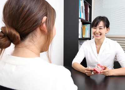 プラナス歯科府中クリニック 府中市 女性歯科医師の写真
