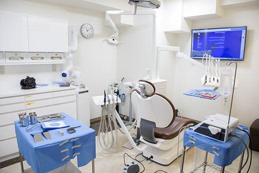 マナミ歯科クリニック 中野駅 診察室の写真