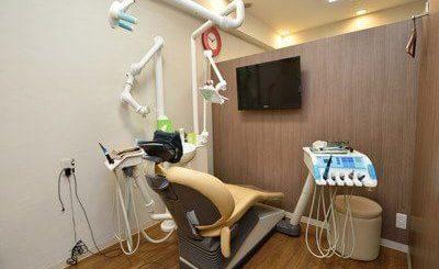デンタルオフィス世田谷公園 三軒茶屋駅 診察室の写真