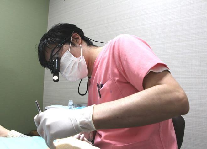トミヒサクロスデンタルクリニック 新宿三丁目駅 歯科医師の写真