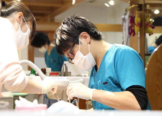 ハンズデンタルクリニック 調布駅 歯科医師の写真