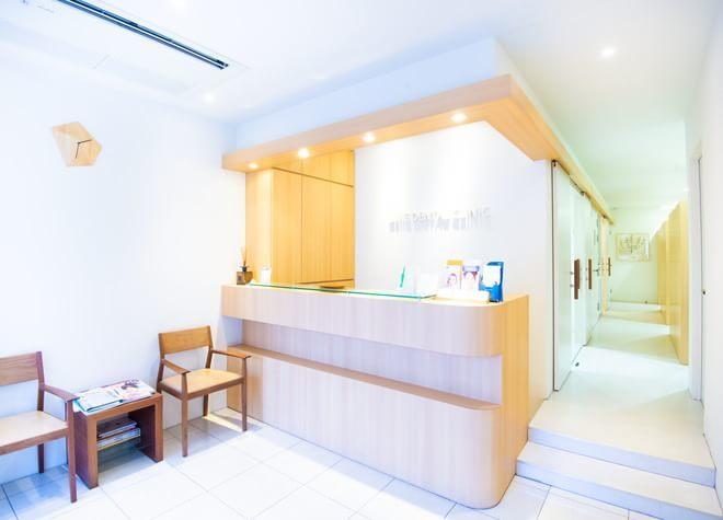 三軒茶屋UJIIE DENTAL CLINIC 待合室の写真