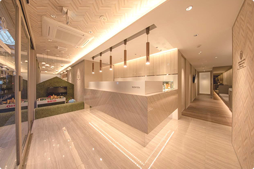 ホワイトデンタルオフィス半蔵門 待合室
