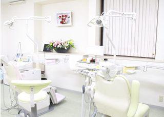 川本歯科クリニック 阿佐ヶ谷駅 診療室の写真