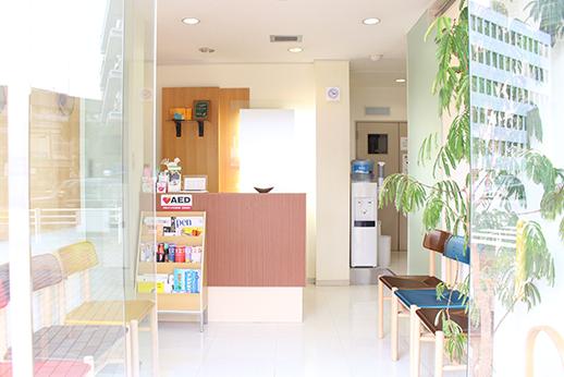 後楽園デンタルオフィス 待合室の写真