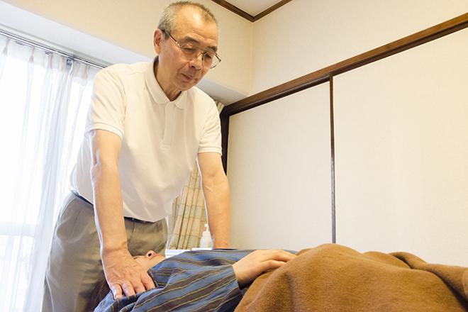 朝日鍼灸マッサージ治療院 麻布十番  鍼灸師