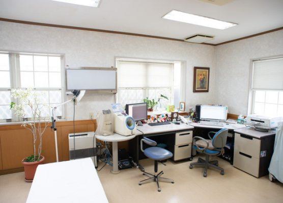 久田内科・呼吸器内科クリニック 町田 診察室