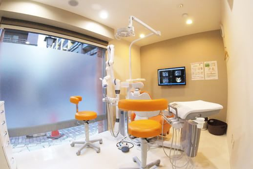 あかおぎ歯科クリニック 春日 診療室