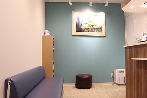 四谷歯科 四谷三丁目 待合室