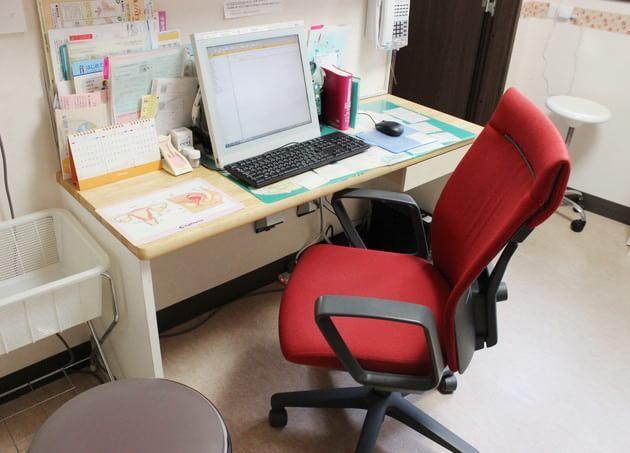 久我山レディースクリニック 診察室