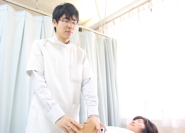 治療ルーム梅田 梅島 鍼灸師
