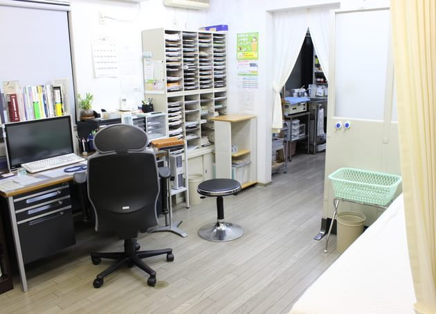 泰生医院 多摩境 診察室