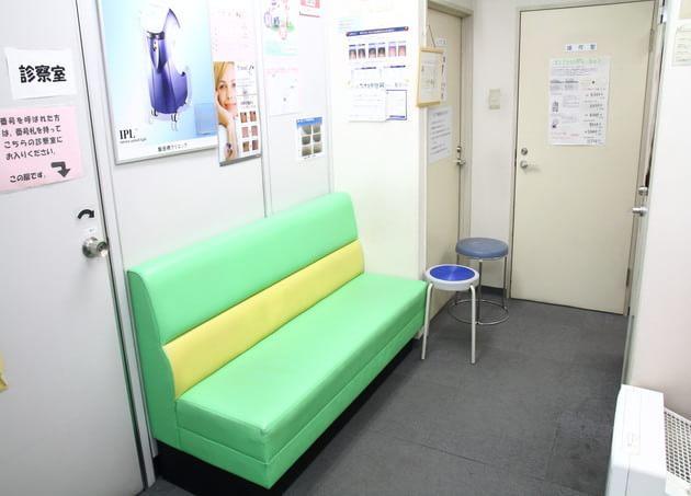 飯田橋クリニック 待合室