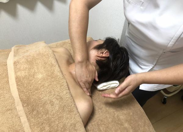 亀戸サニーデイ鍼灸院 アロマオイルマッサージ