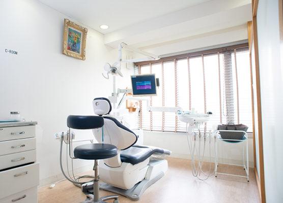 新赤坂歯科 個室