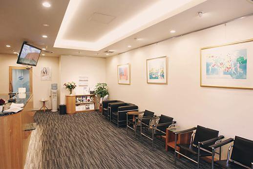 水天宮前歯科医院 待合室