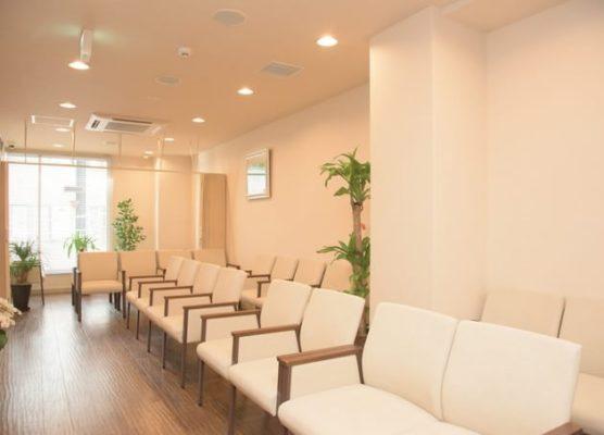 恵比寿脳神経外科・内科クリニック 待合室